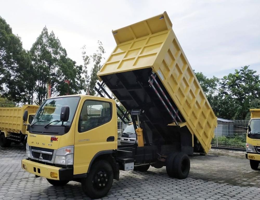 Truk Mitsubishi Fuso Model Terbaru